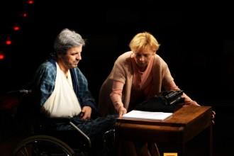 misery-teatr-kwadrat-zdjecie-04